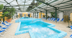 piscina oinone dione